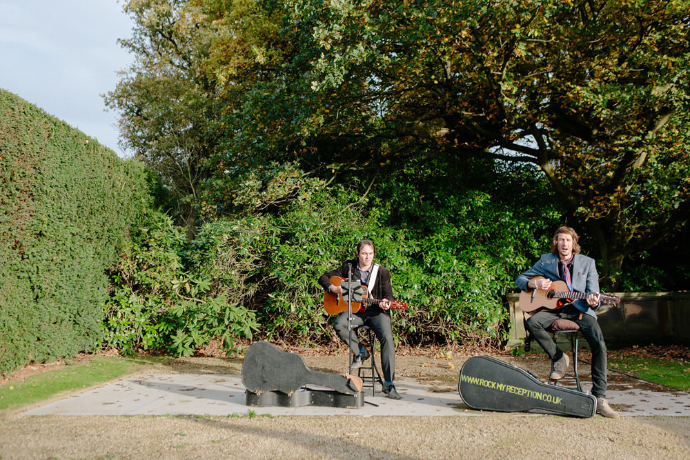 band playing outside at yorkshire sculpture park wedding